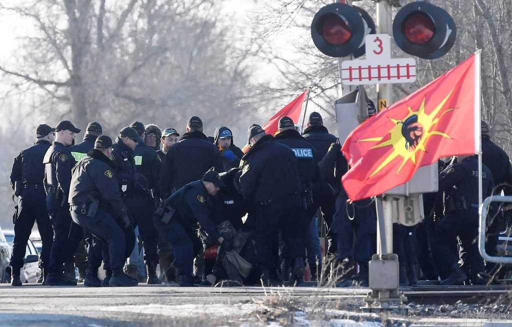 Police, protesters clash as rail blockade in Ontario taken down