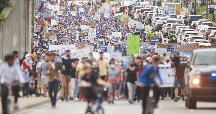 Multi-faith march draws thousands in honour of London, Ont. attack victims